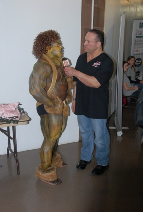 Kai greene 39 s art show pics video for Kai greene painting