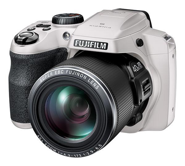 Fujifilm FinePix S8200, S8300, S8400 et S8500