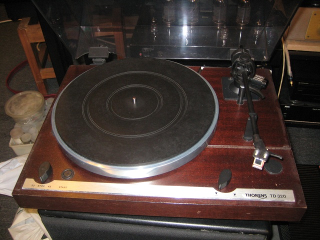 thorens td 320 turntable used sold. Black Bedroom Furniture Sets. Home Design Ideas