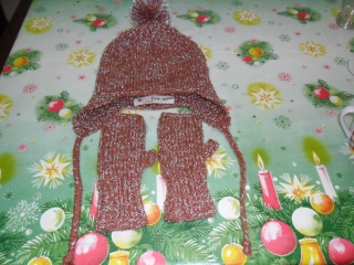 http://i17.servimg.com/u/f17/16/69/07/11/bonnet12.jpg